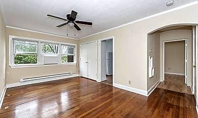 Living Room, 825 William Howard Taft Rd 36, 1