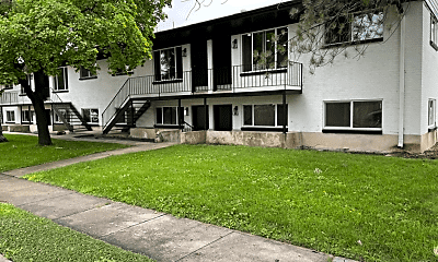 Building, 273-285 E Whitlock Ave, 1