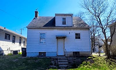 Building, 2415 N Ellis St, 1