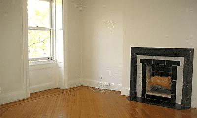 Living Room, 168 Hicks St, 1