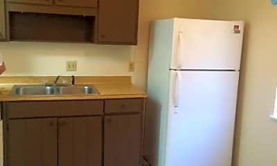 Kitchen, 107 Knollwood Dr, 1