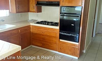 Kitchen, 3027 Garrison St, 2