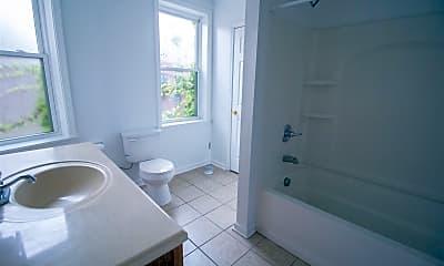 Bathroom, 304 Miltenberger St, 1