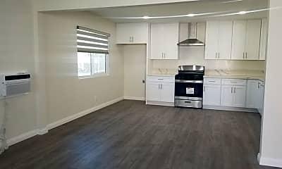 Kitchen, 581 Bonita St A, 1