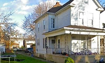 Building, 78 S Harris Ave, 1