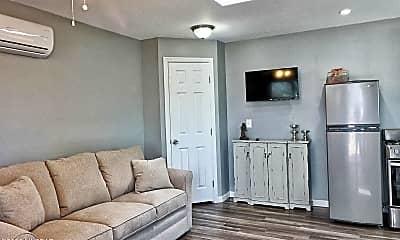 Living Room, 2708 N Nordic Ln, 0