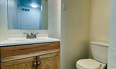 Bathroom, 1806 Rhine St, 2