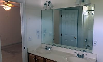 Bathroom, 11536 Pinedale Dr, 2