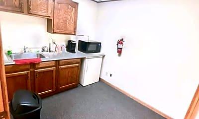 Kitchen, 1000 Oregon St, 2