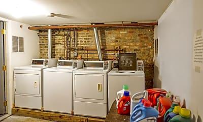 Kitchen, 837 W Grand Ave., 2