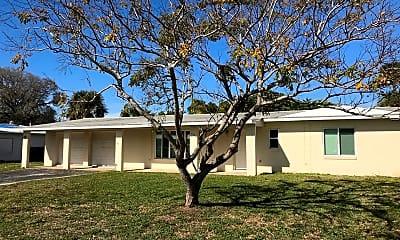 Building, 132 W Suwannee Ln, 0