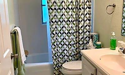 Bathroom, 504 Beatrice St, 2