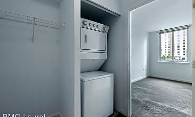 Bathroom, 1000 New Jersey Ave SE, 1