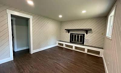Living Room, 377 Monarch St, 2