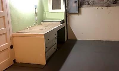 Kitchen, 9 Brechin Terrace 0, 2