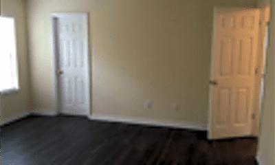 Living Room, 162 Hainsworth Drive, 2