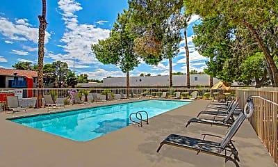 Pool, Lantana Apartment Homes, 1