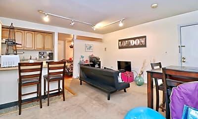 Living Room, 919 Garden St B2, 1