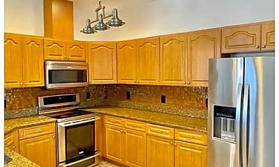 Kitchen, 2919 W Aileen St, 1