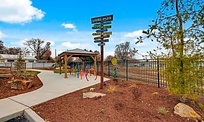 Playground, Orchard Lofts, 2