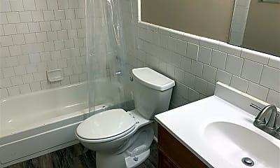 Bathroom, 600 Mary Beth Ave 3, 1