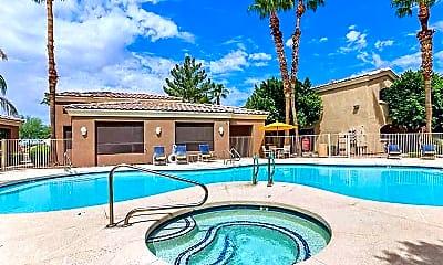 Pool, Bayside, 0