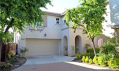 Building, 31563 Mendocino Ct, 1