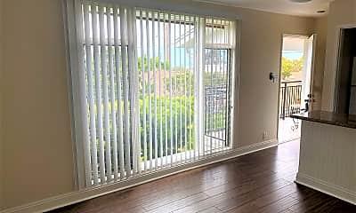Living Room, 664 Glenneyre St, 1