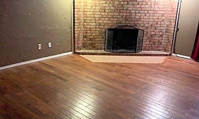 Living Room, 425 W Kiowa Ave, 1