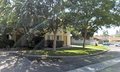 Rancho Apartments, 2