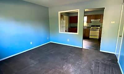 Living Room, 7715 Hessen Cassel Rd, 1