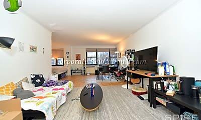 Living Room, 405 E 63rd St, 1