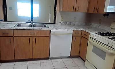 Kitchen, 1798 SE Floresta Dr, 1