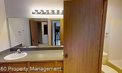 Bathroom, 480 S Oak Harbor St, 2