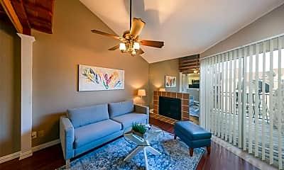 Living Room, 10855 Meadowglen Ln 846, 1