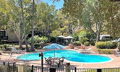 Pool, 6314 Friars Rd 203, 2