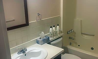 Bathroom, 1345 Hoe Ave 2, 2