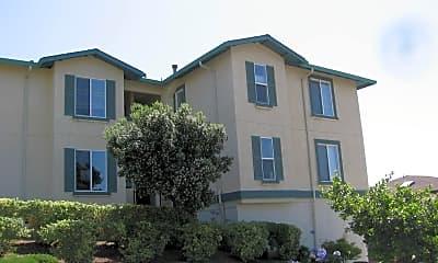 Building, 5140 Sacramento Avenue, 2