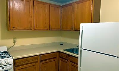 Kitchen, 272 2nd St 6, 2