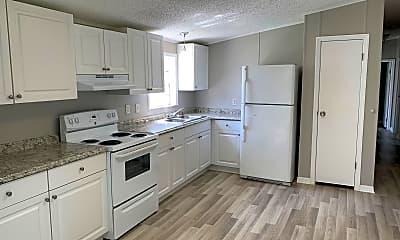 Kitchen, 220 Diamond Acres Rd, 1