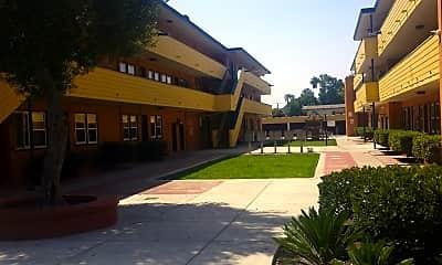 Casa Magna Apartments, 2