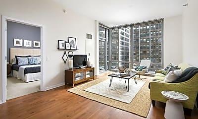 Living Room, 716 S Clark St, 1