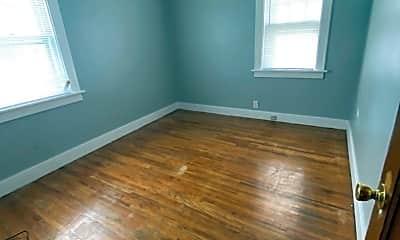 Living Room, 517 Center St, 1