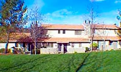 Auburn Townhomes, 2
