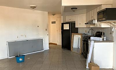 Kitchen, 2526 Holland Ave, 1
