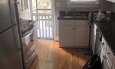 Kitchen, 3407 River Dr, 0