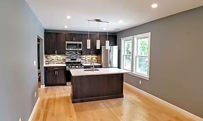Kitchen, 31 Thornton St, 2