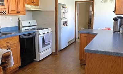 Kitchen, 304 Cummings Ave, 1