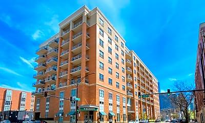 Building, 950 W Monroe St 407, 0
