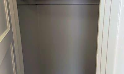Bedroom, 124 W 19th St, 2